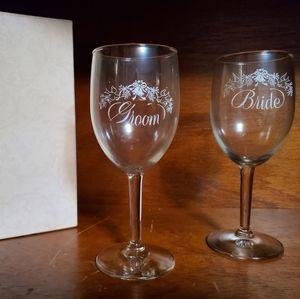 Bridal & Groom Wedding Glasses